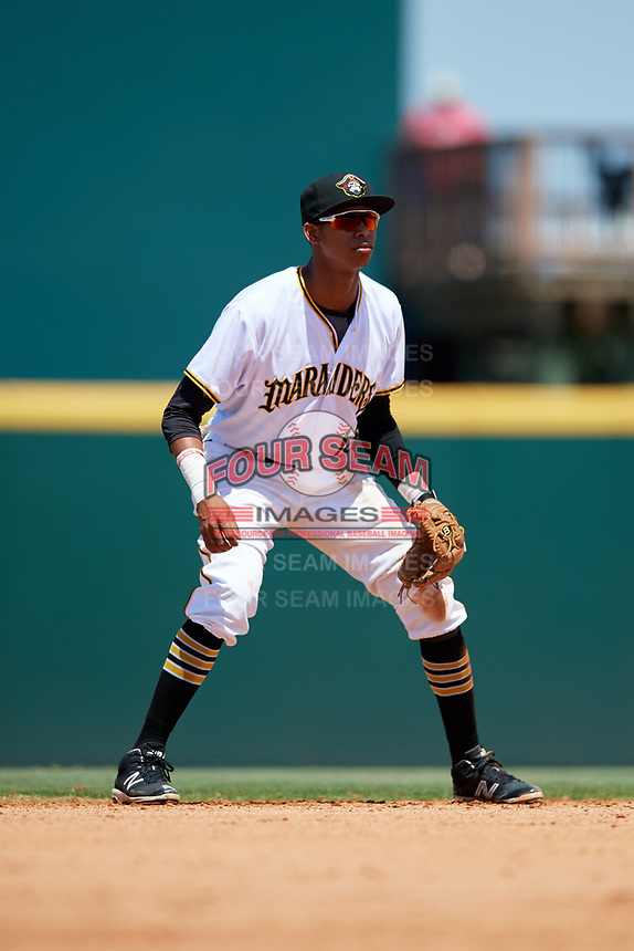 Bradenton Marauders shortstop Alfredo Reyes (13) during a game against the Charlotte Stone Crabs on April 9, 2017 at LECOM Park in Bradenton, Florida.  Bradenton defeated Charlotte 5-0.  (Mike Janes/Four Seam Images)