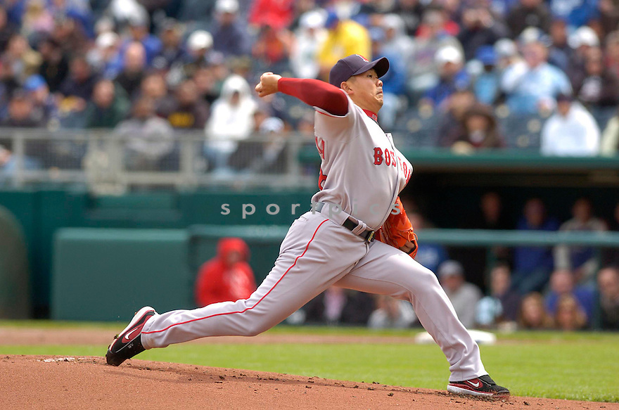 DAISUKE MATSUZAKA, of the Boston Red Sox during their game against the  Kansas City Royal , on April 5, 2007 in Kansas City Missouri. DAISUKE MATSUZAKA got his first win in his MLB debut game pitching 7 innings giving up 1 run on 6 hits, striking out 10...Red Sox  win 4-1....DAVID DUROCHIK / SPORTPICS