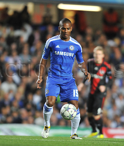 13.09.2011 Group E Champions League Football from Stamford Bridge in London. Chelsea v Bayer Leverkusen. Florent Malouda on the ball for Chelsea