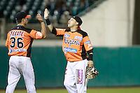 Carlos Gastelum festeja triunfo de naranjeros , durante el juego a beisbol de Naranjeros vs Cañeros durante la primera serie de la Liga Mexicana del Pacifico.<br /> 15 octubre 2013