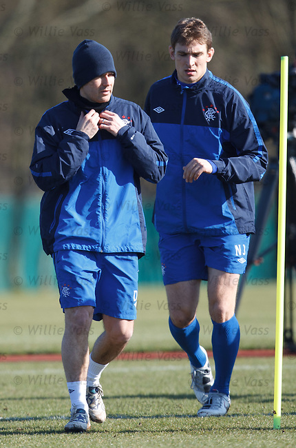 David Healy protects himself from the sun