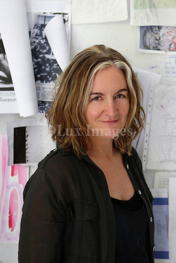 portrait of Suzanne McClelland