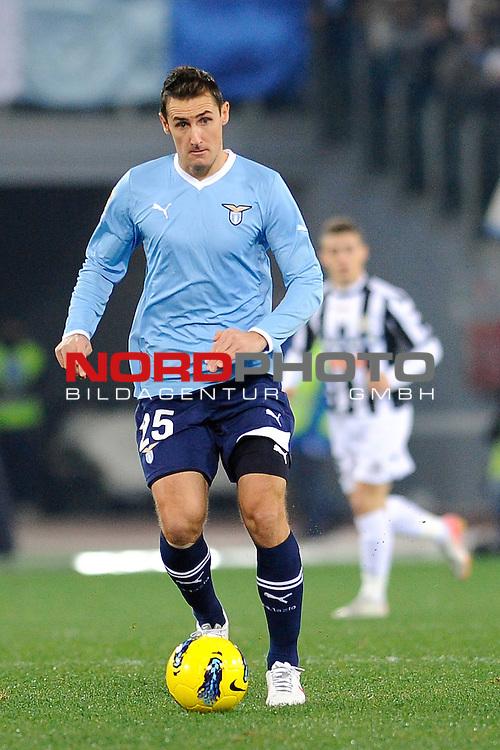 Miroslav KLOSE (Lazio) in action. ROMA 18/12/2011, Stadio Olimpico, Calcio, Campionato di Serie A 2011/2012, Lazio Vs Udinese.<br /> Foto &copy; nph /  sportmedia<br /> ***** Attention only for GER, CRO, SUI *****