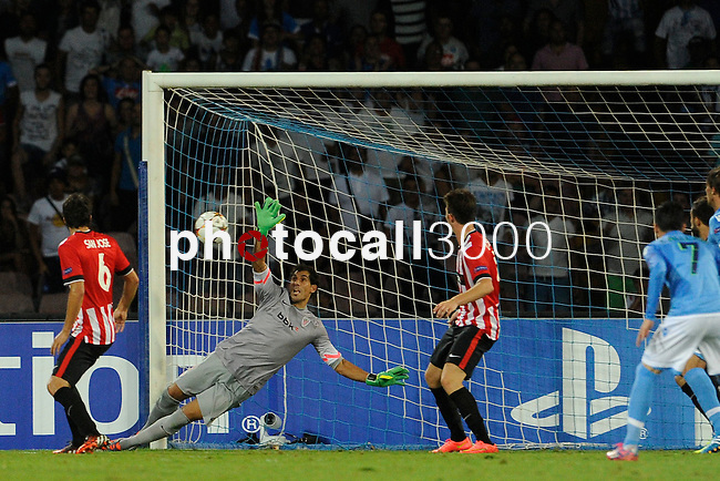 Gorka Iraizoz (GK) of Athletic  during the match between SSC Napoli and Athletic Club Bilbao, play-offs First leg Champions League at the San Paolo Stadium onTuesday August 19, 2014 in Napoli, Italy. (Photo by Marco Iorio)<br />