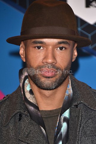 Mr Probz<br /> 2016 MTV EMAs in Ahoy Arena, Rotterdam, The Netherlands on November 06, 2016.<br /> CAP/PL<br /> &copy;Phil Loftus/Capital Pictures /MediaPunch ***NORTH AND SOUTH AMERICAS ONLY***