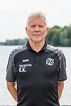14.07.2017, Maschsee, Hannover, GER, 1.FBL, Hannover 96 - Portr&auml;ttermin<br /> <br /> im Bild<br /> Edward Kowalczuk (Reha-Trainer / Athletik-Trainer Hannover 96), <br /> <br /> Foto &copy; nordphoto / Ewert