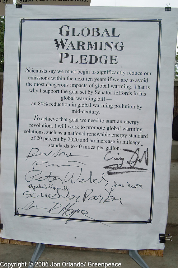 The Global Warming Pledge was signed by eight candidates including Senate candidates Bernie Sanders (IND) and Rich Tarrant (R) and House candidates Peter Welch (D)and Martha Rainville (R) at a rally in Burlington on the final day of  a five day walk across Vermont to raise awareness on Global Warming.