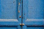via luzzatti porte, portoni, maniglie e serrature di sassari, Italia<br /> doors, handles and locks in Sassari, Italy