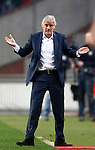 Nederland, Amsterdam, 3 november 2012.Eredivisie.Seizoen 2012-2013.Ajax-Vitesse (0-2).Fred Rutten, trainer-coach van Vitesse houdt gebaart verbaasd.