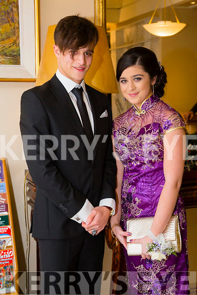 Enjoying the Gaelcholáiste Chiarraí Debs ball at the Brandon Hotel on Saturday were Ri Galway and Victoria Keane