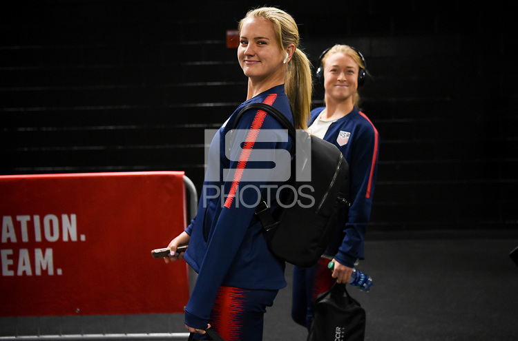 Jacksonville, FL - Thursday April 5, 2018: Lindsey Horan during an International friendly match versus the women's National teams of the United States (USA) and Mexico (MEX) at EverBank Field.
