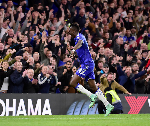 21.02.2016. Stamford Bridge, London, England. Emirates FA Cup 5th Round. Chelsea versus Manchester City. Chelsea's Bertrand Traore celebrates with the crowd after scoring