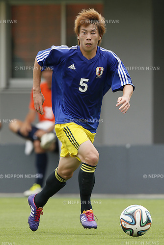Yuto Uchida,<br /> JULY 1, 2014 - Football / Soccer : <br /> Training match between U-19 Japan 1-2 Omiya Ardija<br /> at NACK5 Stadium Omiya, Saitama, Japan. <br /> (Photo by SHINGO ITO/AFLO SPORT)