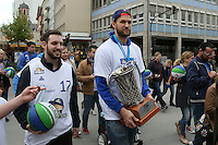 03.05.2016: Fraport Skyliners feiern den Gewinn des FIBA Europe Cup