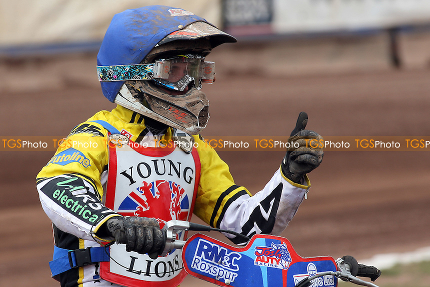 Josh Auty (5) rides during British Under-21 Speedway Championship Practice at Arena Essex Raceway, Purfleet -  16/04/10 - MANDATORY CREDIT: Gavin Ellis/TGSPHOTO - Self billing applies where appropriate - Tel: 0845 094 6026