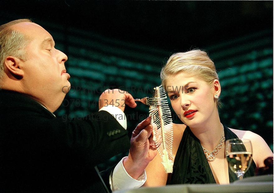 Hitchcock blonde pics