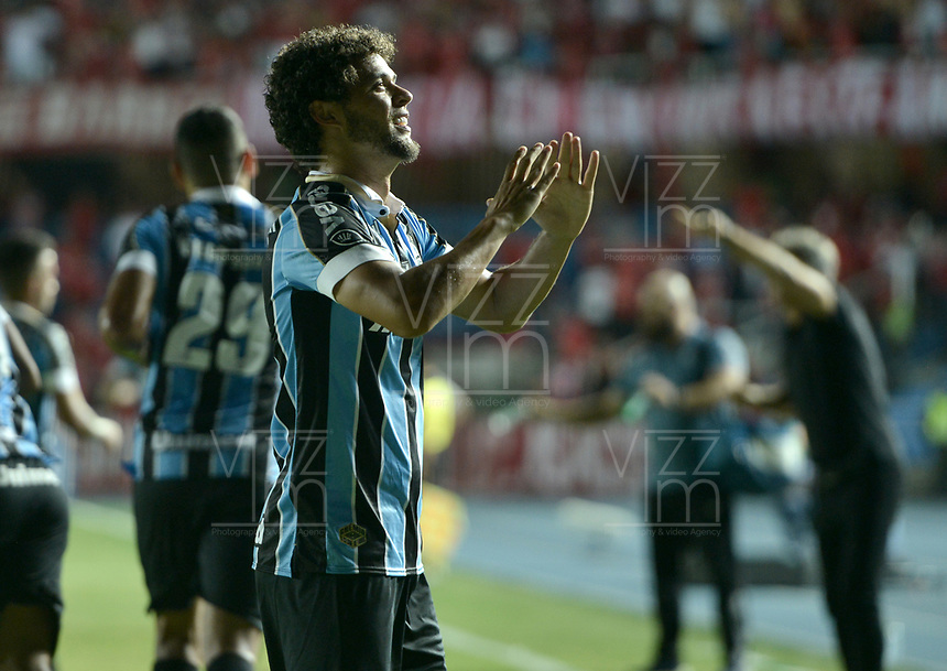 CALI - COLOMBIA, 03-03-2020: Vanderlei Ferraz del Gremio celebra después de anotar el primer gol de su equipo durante partido del grupo E como parte de la Copa CONMEBOL Libertadores 2020 entre América de Cali de Colombia y Gremio de Brasil jugado en el estadio Pascual Guerrero de la ciudad de Cali. / Vanderlei Ferraz of Gremio celebrates after scoring the first goal of his team during match of the group E as part of Copa CONMEBOL Libertadores 2020 between America de Cali of Colombia and Gremio of Brazil played at Pascual Guerrero stadium in Cali. Photo: VizzorImage / Gabriel Aponte / Staff