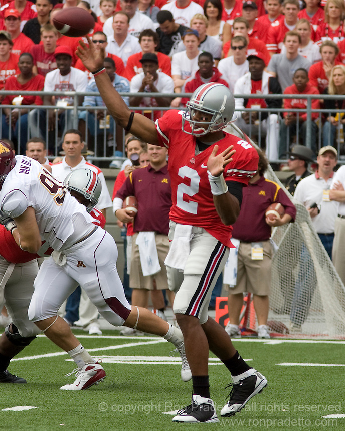 September 27, 2008: Ohio State quarterback Terrelle Pryor (2). The Ohio State Buckeyes defeated the Minnesota Gophers 34-21 on September 27, 2008 at Ohio Stadium, Columbus, Ohio.