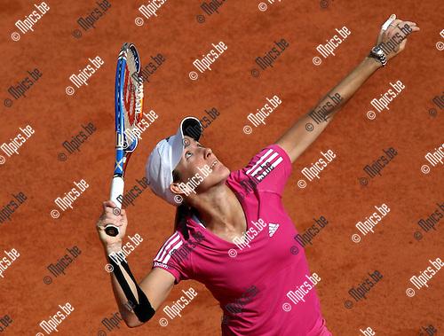 2010-05-25 / Tennis / Roland Garros 2010 / Day 3 / Justine Henin during her match vs. Pironkova..Foto: mpics