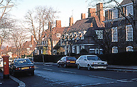 London: Hampstead Garden Suburb, Erskine Hill--East side of street.  Photo '90.