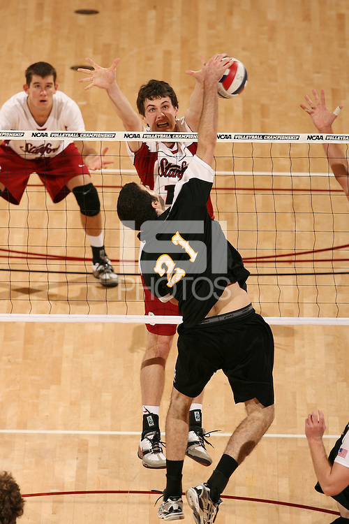 STANFORD, CA - JANUARY 30:  Garrett Werner of the Stanford Cardinal during Stanford's 3-2 win over the Long Beach State 49ers on January 30, 2009 at Maples Pavilion in Stanford, California.