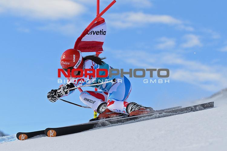 ST MORITZ, SWITZERLAND - DECEMBER 15: Anemone Marmottan of France  during the Audi FIS Alpine Ski World Cup giant slalom race on December 15 2013 in St Moritz, Switzerland. <br /> Foto nph / Gunn
