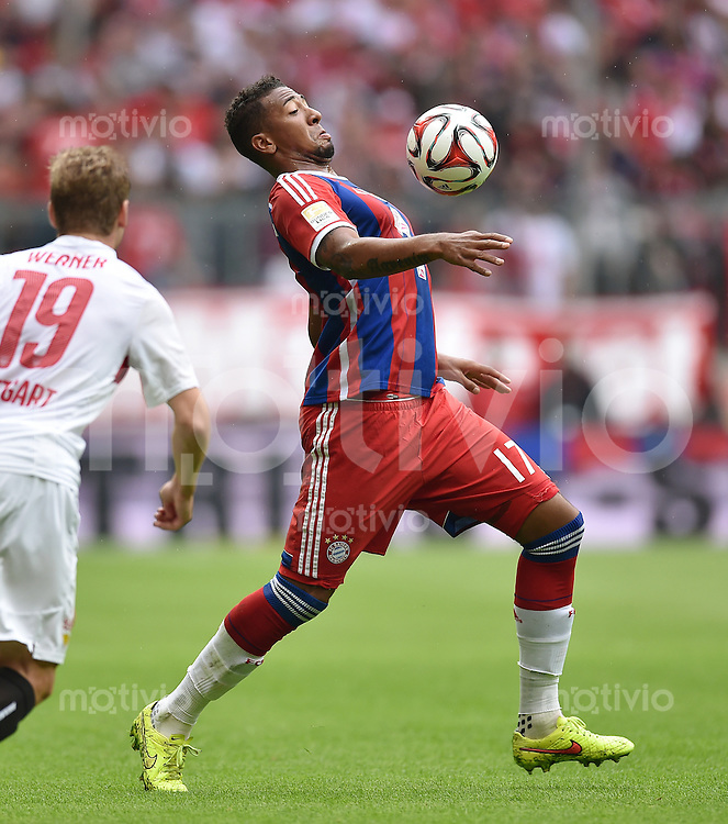 Fussball  1. Bundesliga  Saison 2014/2015   3. SPIELTAG FC Bayern Muenchen - VfB Stuttgart       13.09.2014 Jerome Boateng (FC Bayern Muenchen) am Ball