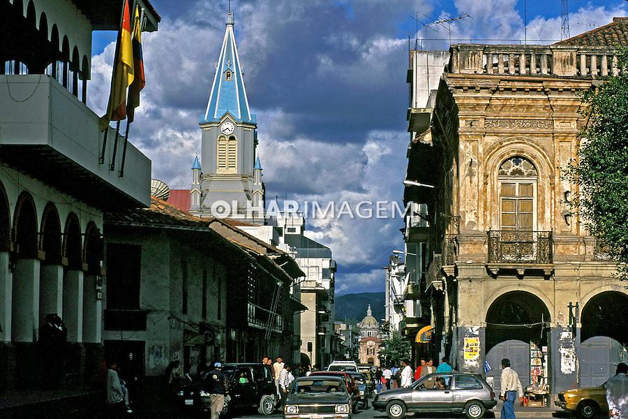 Arquitetura da cidade de Cuenca. Equador. 1997. Foto de Juca Martins.