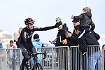 Chris Froome (GBR) Team Ineos at sign on before the start of Stage 3 of the 2019 Tour de Yorkshire, running 132km from Brindlington to Scarborough, Yorkshire, England. 4th May 2019.<br /> Picture: ASO/SWPix/Alex Broadway | Cyclefile<br /> <br /> All photos usage must carry mandatory copyright credit (© Cyclefile | ASO/SWPix/Alex Broadway)