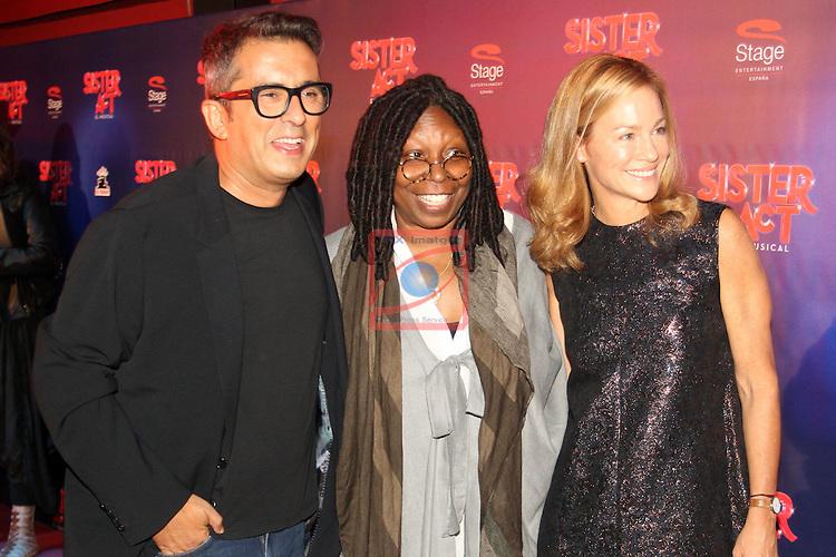Premiere Sister Act in Barcelona.<br /> Andreu Buenafuente, Whopi Goldberg &amp; Julia Gomez Cora.