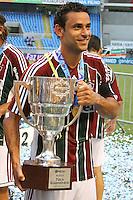 RIO DE JANEIRO, RJ, 26 DE FEVEREIRO 2012 - CAMPEONATO CARIOCA - FINAL - TACA GUANABARA - VASCO X FLUMINENSE - Fred, jogador do Fluminense, comemora o título, após vitória por 3x1 sobre o Vasco, pela final da Taca Guanabara, no estadio Engenhao, na cidade do Rio de Janeiro, neste domingo, 26. FOTO: BRUNO TURANO – BRAZIL PHOTO PRESS