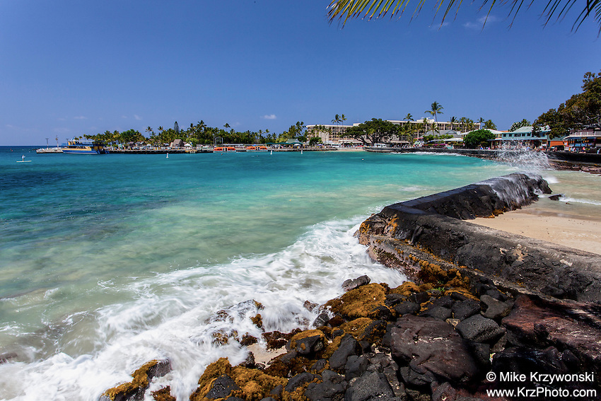 Seawall at Kailua Bay in Kailua-Kona, Big Island, Hawaii
