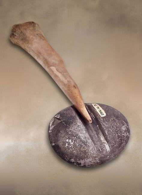 Neolithic stone tools, 7000 BC to 6500 BC. Catalhoyuk collection, Konya Archaeological Museum, Turkey