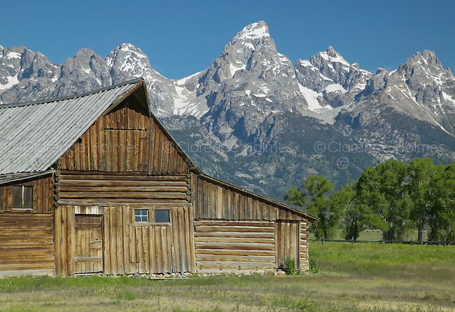 Thomas Alma Moulton barn on Mormon Row with the Teton Range in the background, Grand Teton National Park