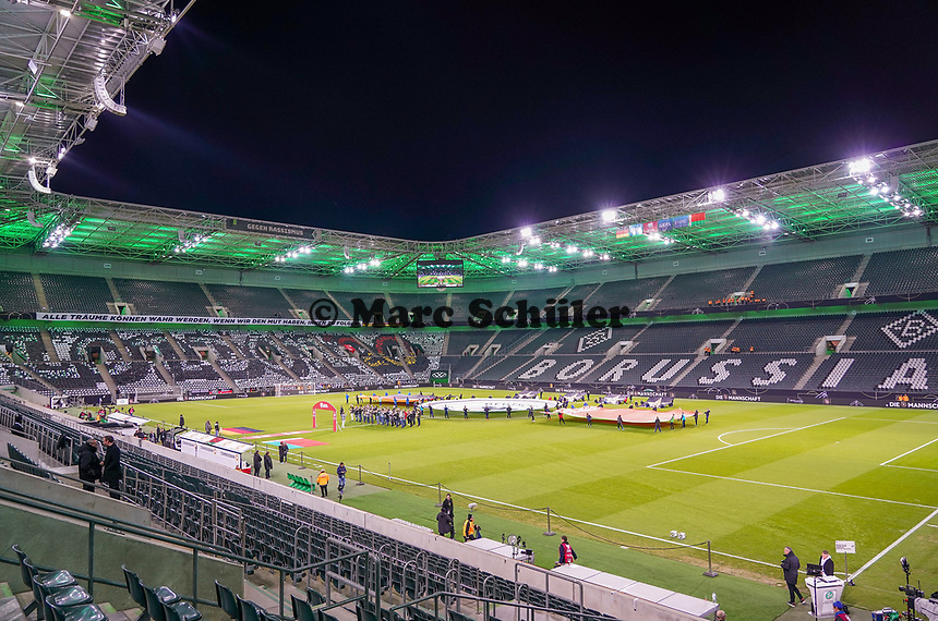 "Staioninnenraum im Borussia Park mit vorbereiteter Choreographie ""London20"" - 16.11.2019: Deutschland vs. Weißrussland, Borussia Park Mönchengladbach, EM-Qualifikation DISCLAIMER: DFB regulations prohibit any use of photographs as image sequences and/or quasi-video."