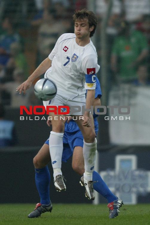 U21 - EM 2004 - Finale<br /> Serbien und Montenegro vs. Italien 0:3<br /> Danko Lazovic von Serbien und Montenegro.<br /> Foto &copy; nordphoto - Ruediger Lampe<br /> <br /> <br /> <br />  *** Local Caption *** Foto ist honorarpflichtig! zzgl. gesetzl. MwSt.<br />  Belegexemplar erforderlich<br /> Adresse: nordphoto<br /> Georg-Reinke-Strasse 1<br /> 49377 Vechta