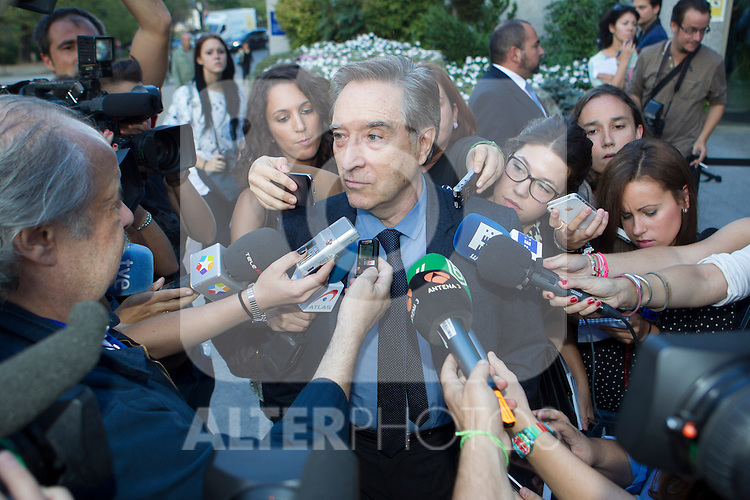 Inaki Gabilondo visits San Isidro funeral home following the death of Miguel Boyer in Madrid, Spain. September 29, 2014. (ALTERPHOTOS/Victor Blanco)