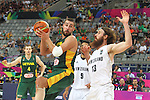 07.09.2014. Barcelona, Spain. 2014 FIBA Basketball World Cup, round of 16. Picture show J. Valanciunas and C. Frank in action during game between New Zealand   v  Lithuania at Palau St. Jordi