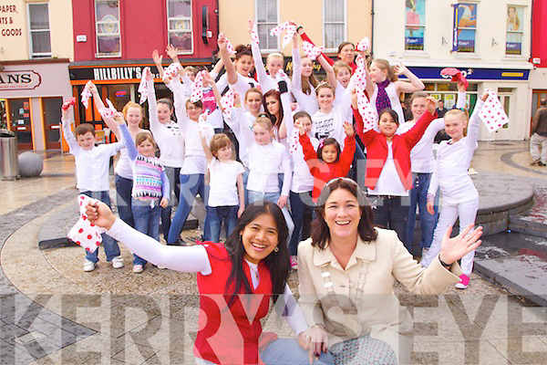 Pictured in the Square, Tralee on Friday at the scene of the Flash Mob dance,  Linda Flanagan and Mayor Grace ODonnell with the participants in the background.