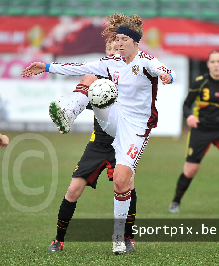 Russia U19 - Belgium U19 : Anastasia Shevchenko with the focus on the ball.foto DAVID CATRY / Nikonpro.be