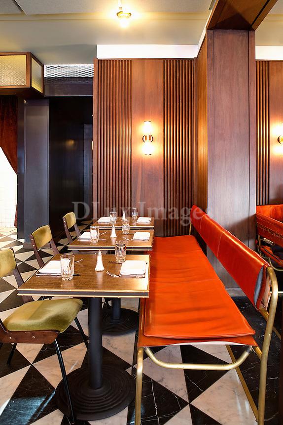 restaurant dining tables Sant Ambroeus Soho