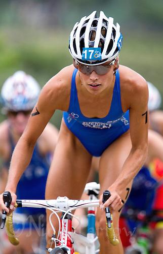 05 JUN 2010 - MADRID, ESP - Helle Frederiksen - Womens ITU World Championship Series triathlon (PHOTO (C) NIGEL FARROW)