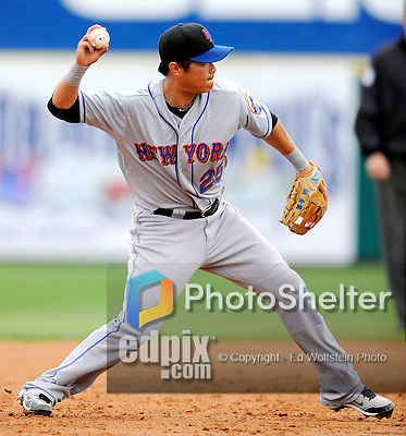 10 March 2011: New York Mets' infielder Chin-lung Hu in action during a Spring Training game against the Washington Nationals at Space Coast Stadium in Viera, Florida. The Nationals edged out the Mets 6-5 in Grapefruit League play. Mandatory Credit: Ed Wolfstein Photo