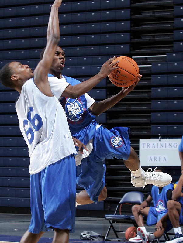 1/2G Damier Pitts (Charlotte, NC / Charlotte Christian) shoots the ball during the NBA Top 100 Camp held Thursday June 21, 2007 at the John Paul Jones arena in Charlottesville, Va. (Photo/Andrew Shurtleff)