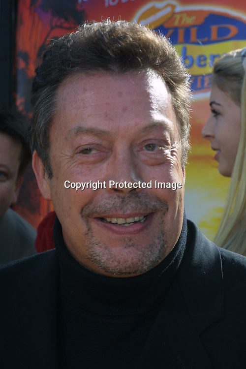 ©2002 KATHY HUTCHINS / HUTCHINS PHOTO.WILD THORNBERRY PREMIERE.HOLLYWOOD  CA..DECEMBER 8 2002..TIM CURRY.