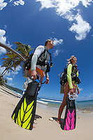 Tracey Gardner and Rodrigo Fass MR.Preparing for a beach dive.Twin Palms, Cane Bay.St. Croix.U.S. Virgin Islands