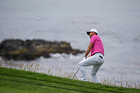 Jason Day (AUS) chips up tight on to 8 during round 1 of the 2019 US Open, Pebble Beach Golf Links, Monterrey, California, USA. 6/13/2019.<br /> Picture: Golffile | Ken Murray<br /> <br /> All photo usage must carry mandatory copyright credit (© Golffile | Ken Murray)