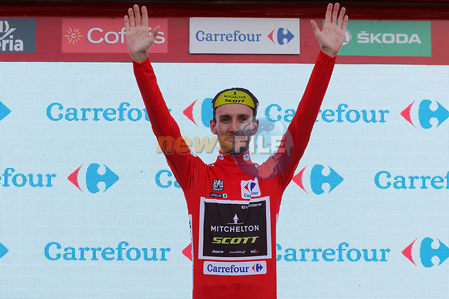 Simon Yates (GBR) Mitchelton-Scott takes over the race leaders Red Jersey by 1 second at the end of Stage 9 of the La Vuelta 2018, running 200.8km from Talavera de la Reina to La Covatilla, Spain. 2nd September 2018.<br /> Picture: Unipublic/Photogomezsport | Cyclefile<br /> <br /> <br /> All photos usage must carry mandatory copyright credit (© Cyclefile | Unipublic/Photogomezsport)