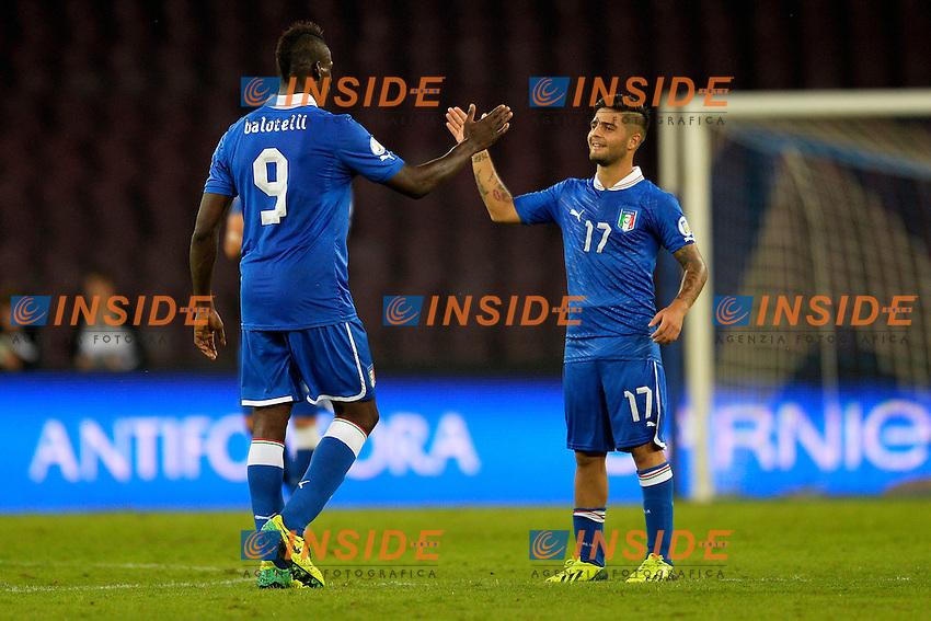 Esultanza dopo il gol di Mario Balotelli Italia con Lorenzo Insigne <br /> Goal celebration 2-2 <br /> Napoli 15-10-2013 Stadio San Paolo <br /> Football Calcio Fifa World Cup 2014 Qualifiers <br /> Europe Group B <br /> Italia - Armenia <br /> Italy - Armenia <br /> Foto Andrea Staccioli Insidefoto