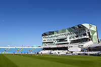 PICTURE BY ALEX WHITEHEAD/SWPIX.COM - Cricket - County Championship Div Two - Yorkshire v Glamorgan, Day 2 - Headingley, Leeds, England - 05/09/12 - GV, General View.